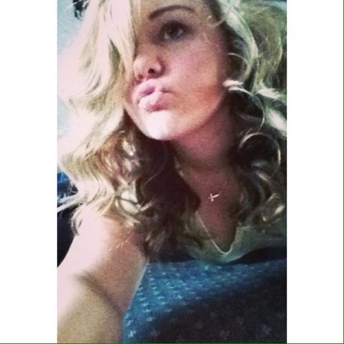 Maddie DeTheriault's avatar