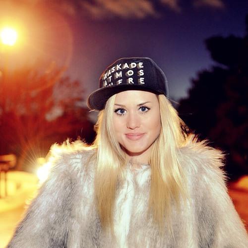 Natalie AF's avatar