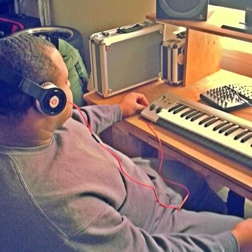DJ_ Royal's avatar