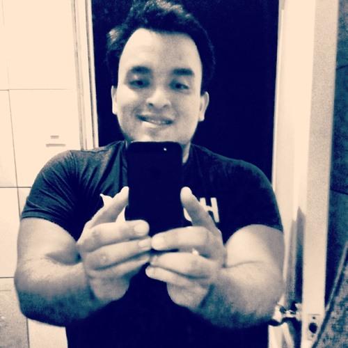 Mike J. Alvarez's avatar