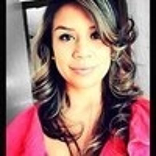 Adilene Mireles's avatar