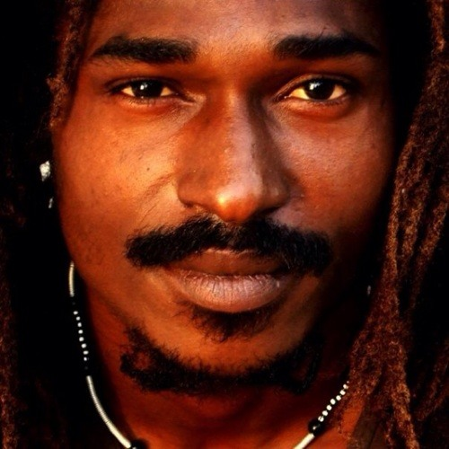 ras fawzi's avatar