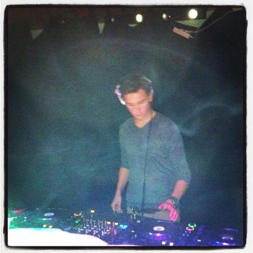 DJ-themountain's avatar