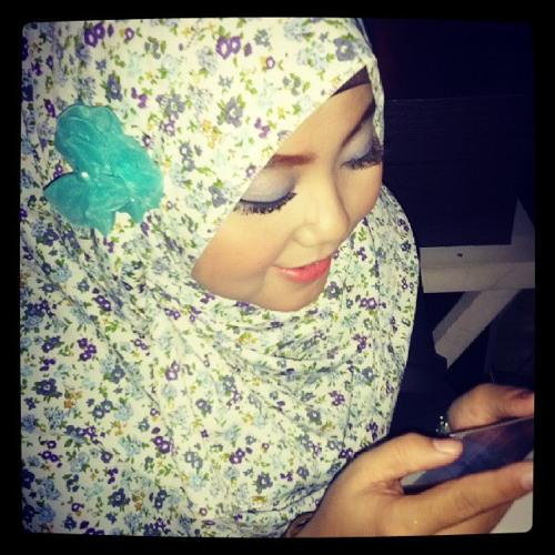 yessy_meitri's avatar