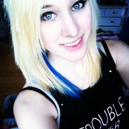 m_melanie's avatar