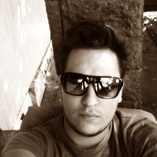 Rafael Siqueira 4's avatar
