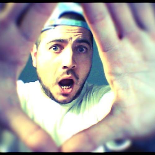 Funk Luckee's avatar