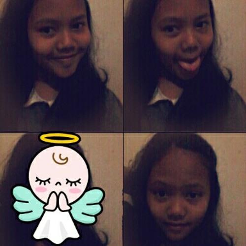 alviaazhar's avatar