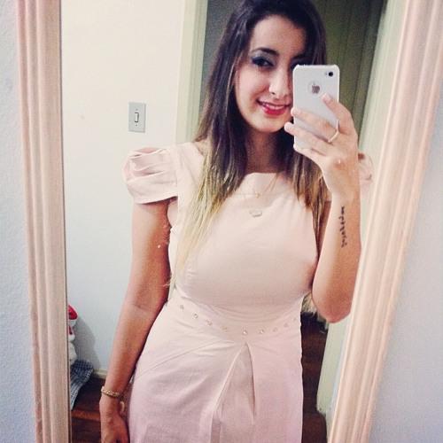 Nina Lana's avatar