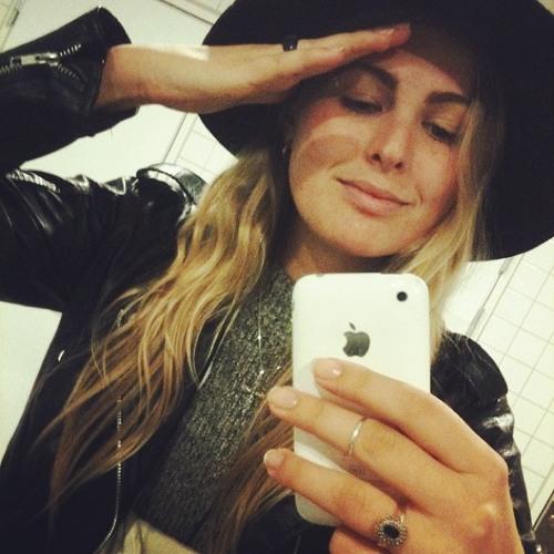 Blanca Linder's avatar