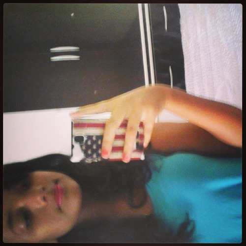 Deniise Teixeira's avatar