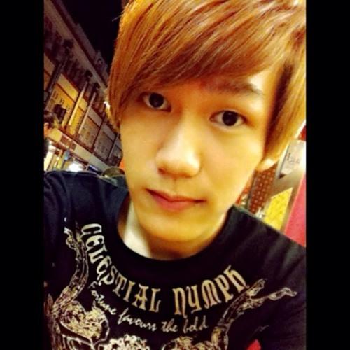 Kingsleey Yong's avatar
