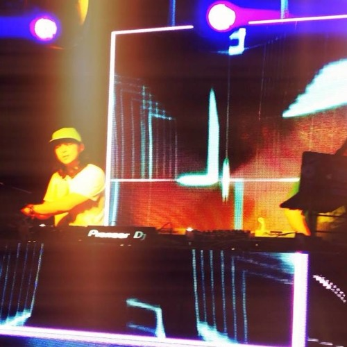 DJ SEEYA's avatar