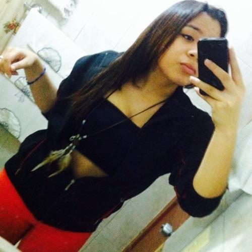 Nicole Santana S's avatar