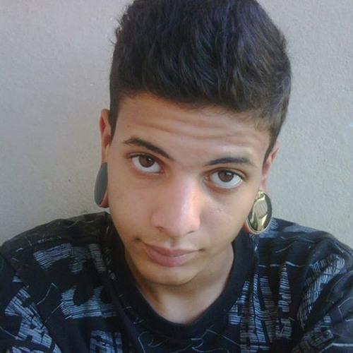 Lucas Henrique 352's avatar