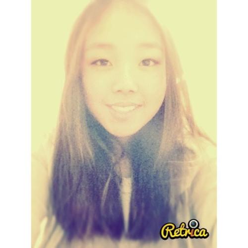 Yoko Hwang's avatar