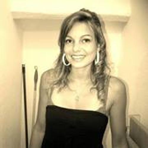 Anaelle Dousset's avatar