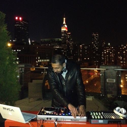 DJ Vinod's avatar