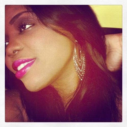Missy Mary's avatar