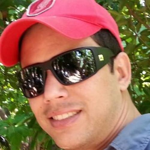 Isaac Fontes's avatar