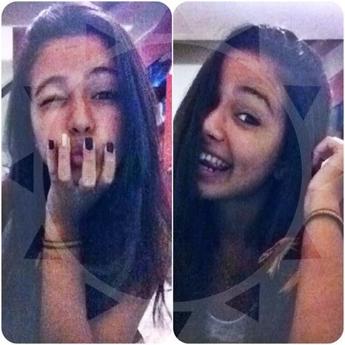 Lara Benassuly's avatar