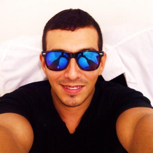 Rolando Rondon's avatar