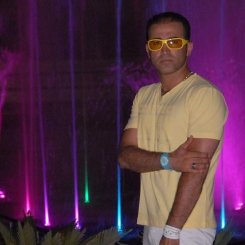 Madjid Zeinali's avatar