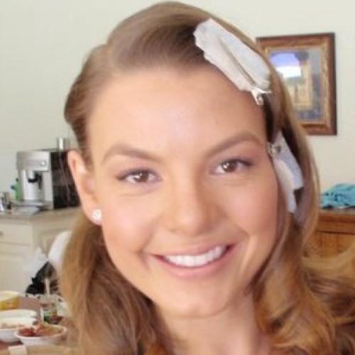 Amie Nicol's avatar