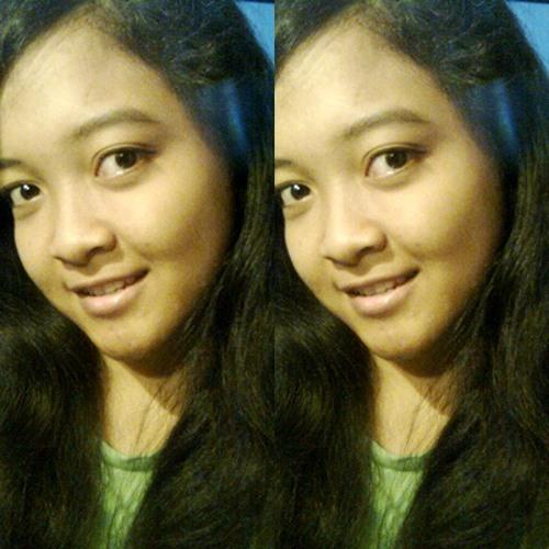 reinenza stevania's avatar