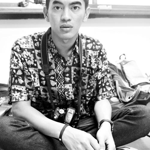 Rezky Frederick Manoppo's avatar