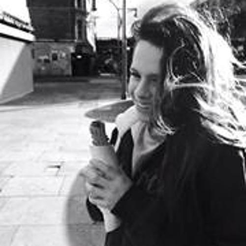Chloe Marler's avatar