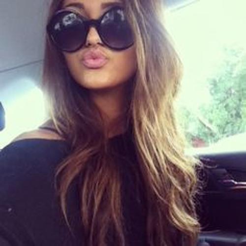 Bettina0198's avatar