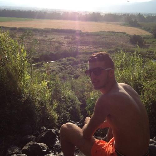 Liron Russo's avatar