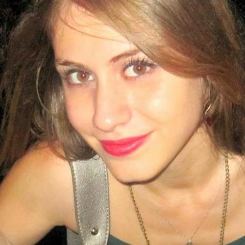ezgidaysal's avatar