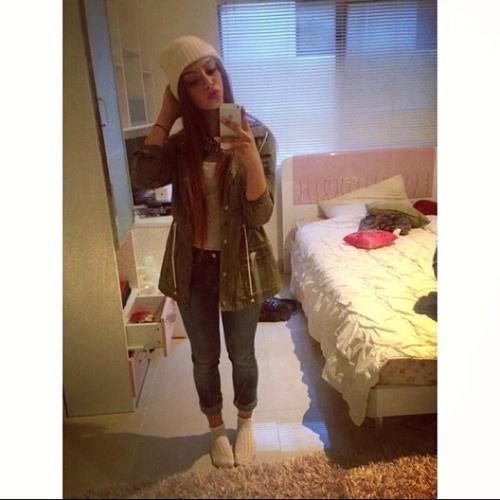 Laila Omra's avatar