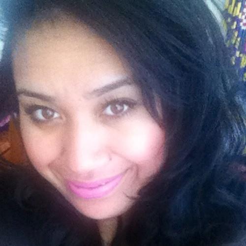LinaFolau's avatar