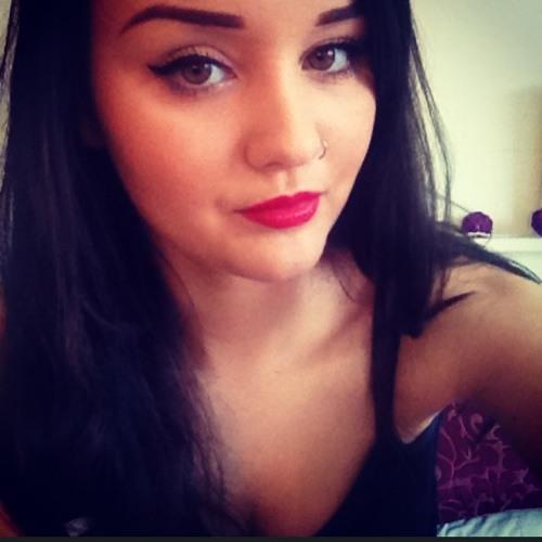 laurastone100's avatar
