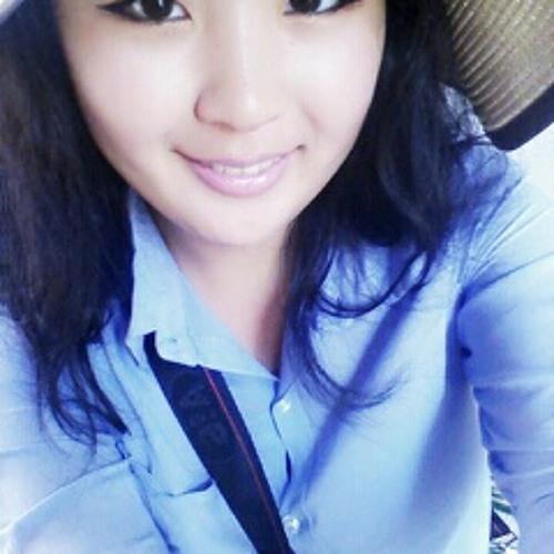 Dolie Ganguun's avatar