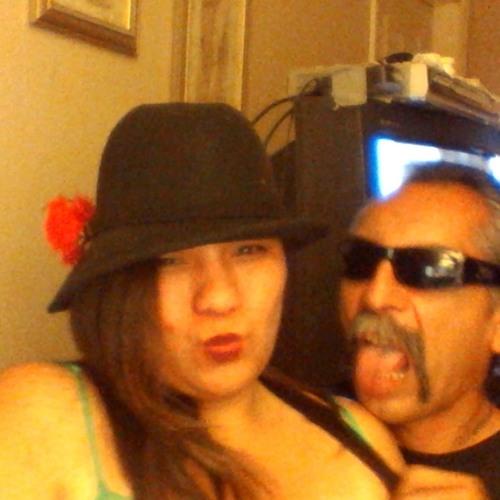 Louie N Louise Lobato's avatar