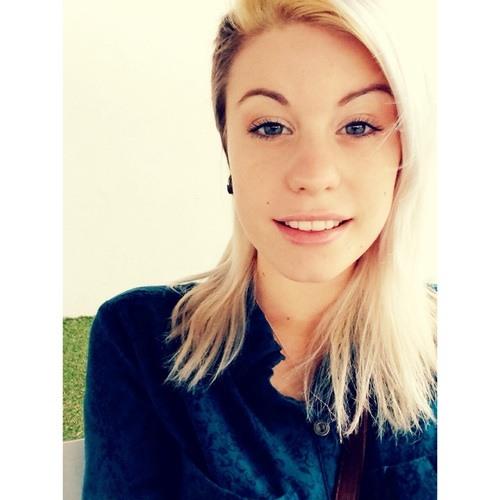 Paris Luker's avatar
