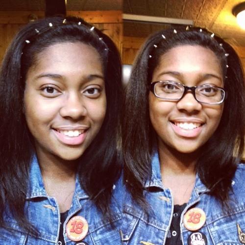 MelanieAiyumi's avatar