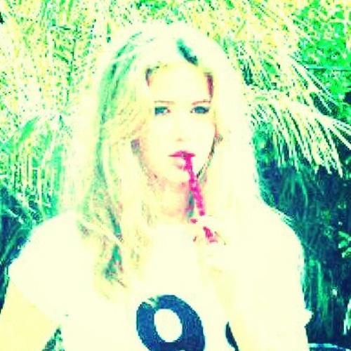 sierra_nicole_16's avatar
