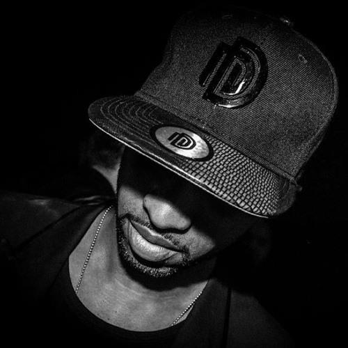 E.DJ.E's avatar