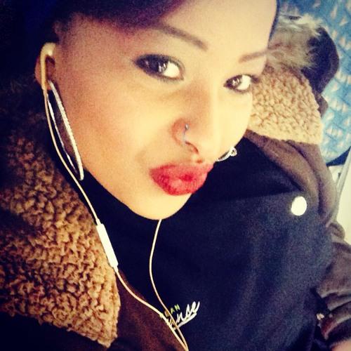 Karlita Lee's avatar