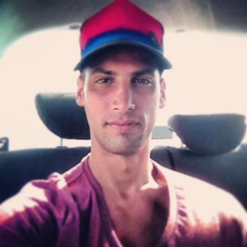 Elia Aviv's avatar