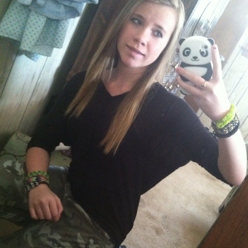 Cheyanne Nicole's avatar