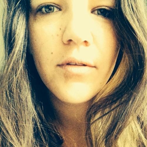 Lindsay White's avatar