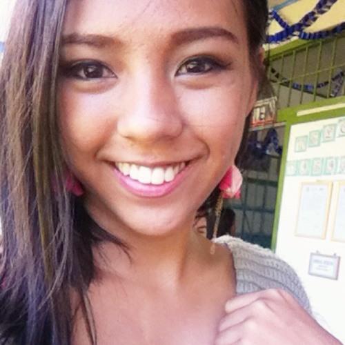 Shanie Mariella's avatar