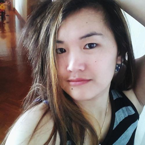 hillary green lee's avatar