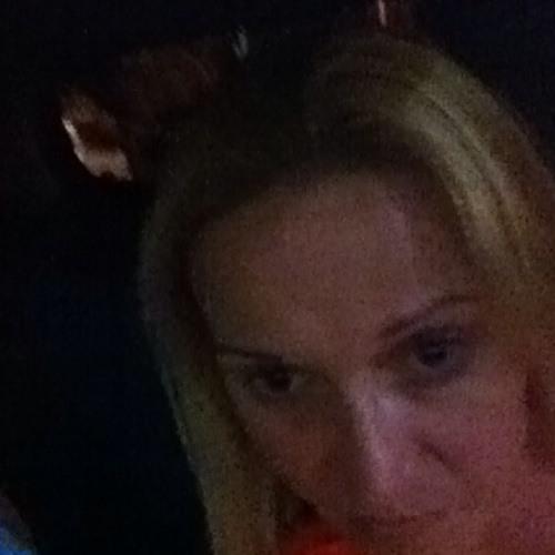 Martine2014's avatar